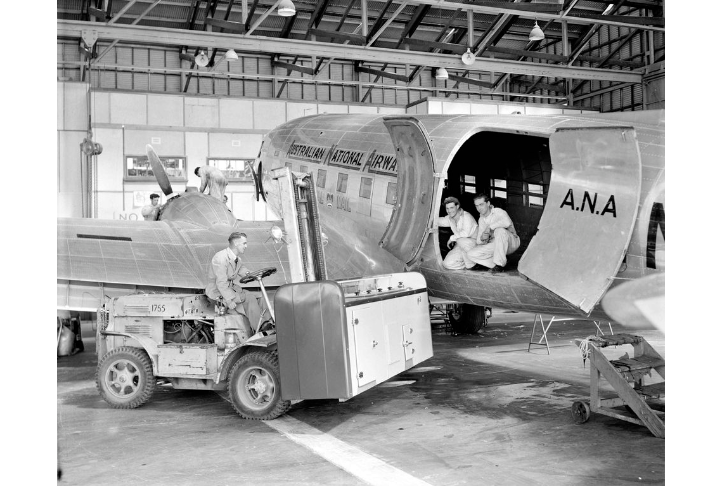 Story - Hangar 4 constructed and opened for ANA