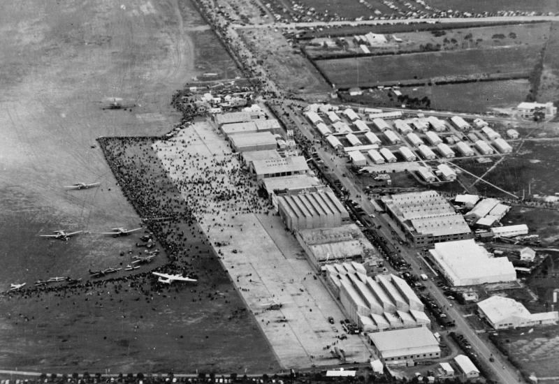 Click to view gallery of images. Photo supplied by CAHS of the Victory Air Show in 1945