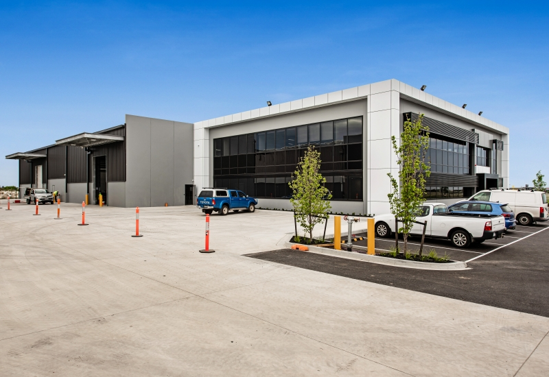 Click to view gallery of images. Photo of Elenium build at Essendon Fields